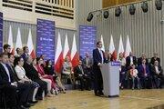 Premier RP przemawia podczas spotkania z mieszkańcami Wrocławia - Premier RP przemawia podczas spotkania z mieszkańcami Wrocławia